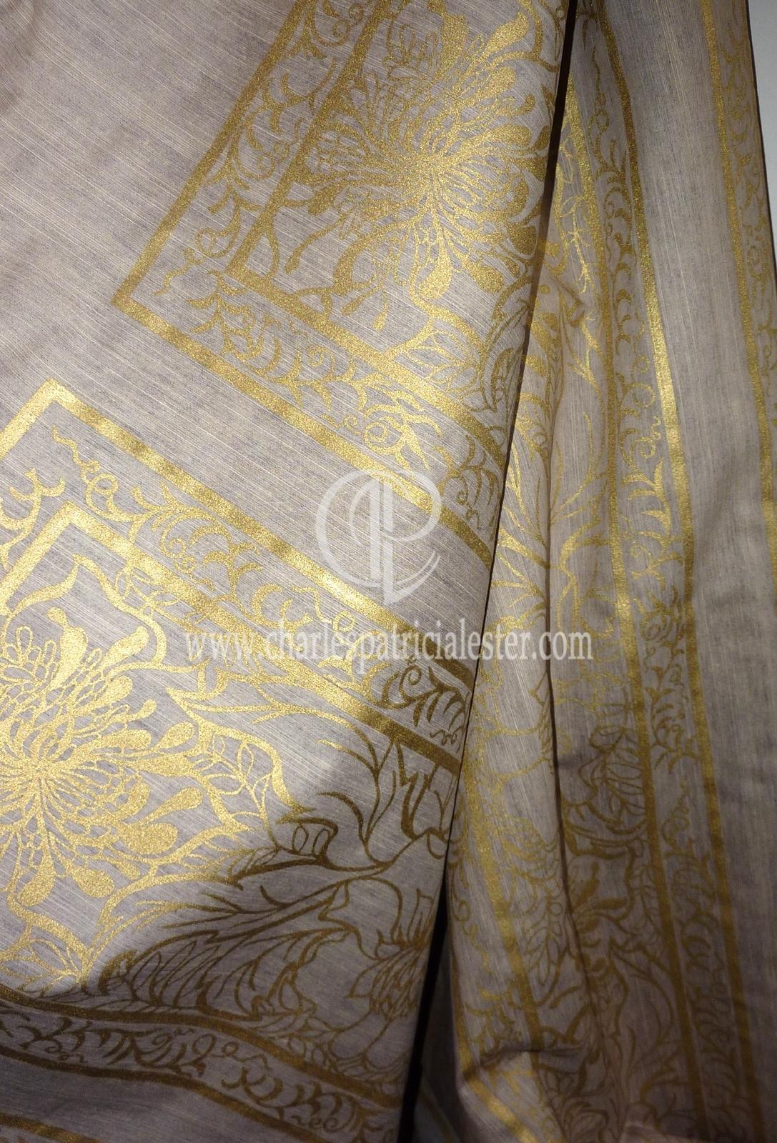 P1180531mushroom garden gold